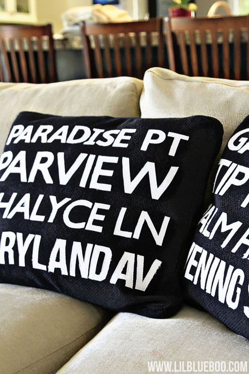 Make Your Own Subway Art Pillows via lilblueboo.com