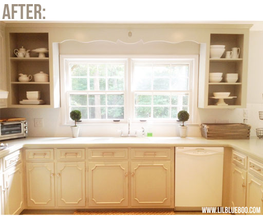 kitchen makeover (on a budget) AFTER picture via lilblueboo.com (make sure to click through to see the BEFORE) #decor #DIY