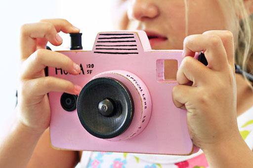 How to make a wood camera via lilblueboo.com