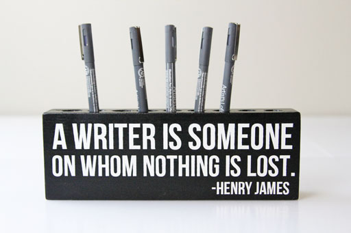 DIY gift idea for a writer via lilblueboo.com #writing #quote #gifts