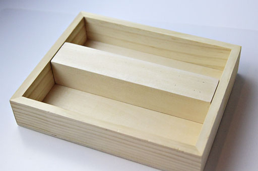 how to make a rustic tray via lilblueboo.com
