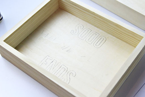 how to make a personalized rustic tray via lilblueboo.com
