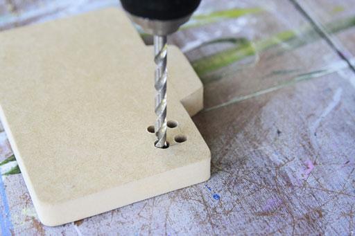 how to cut an interior cut with a jigsaw via lilblueboo.com