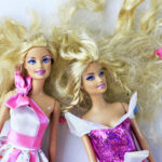 How to Detangle Doll Hair via lilblueboo.com