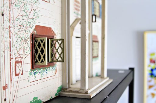 Vintage Doll House Decor via lilblueboo.com #decor #office #diy #homedecor #organization #thrifting