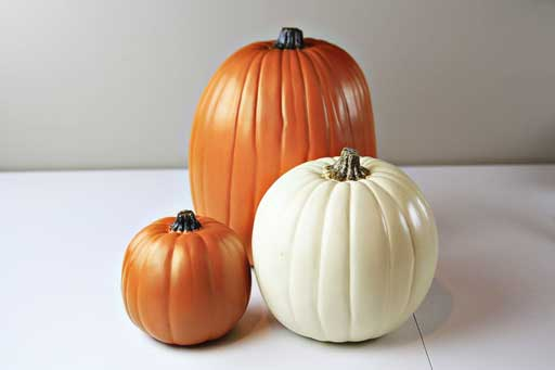 Foam Craft Pumpkins via lilblueboo.com