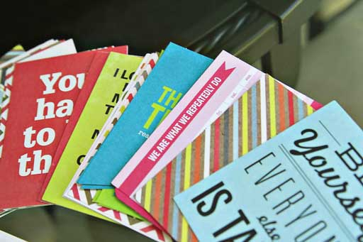 Instead of Printable Lunch Notes use pre-made journaling cards! Lunch Box Love (Journaling Cards as lunch notes) via lilblueboo.com #backtoschool #schoollunch #lunchnotes #journalingcards