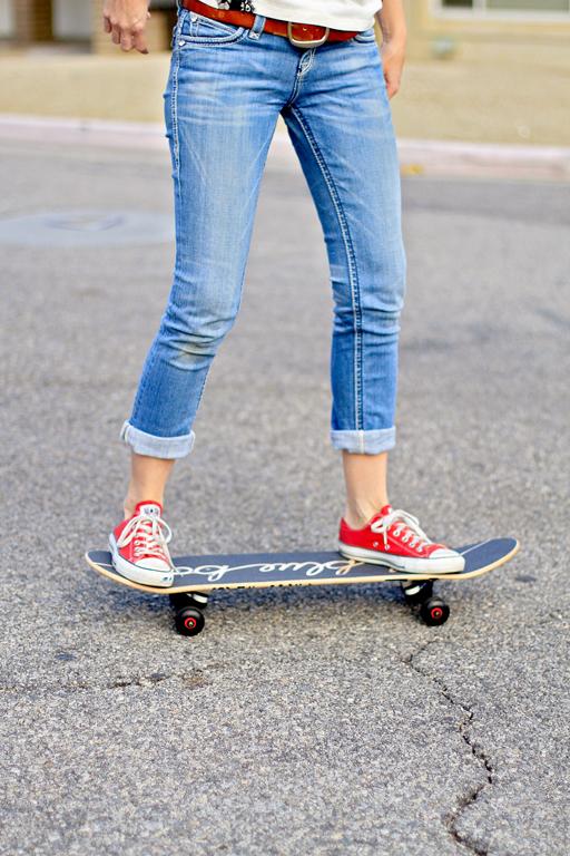 shley Hackshaw Lil Blue Boo Skateboard 101  via lilblueboo.com #skateboard #diy #gift #handmade