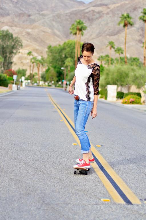 Paint a Custom Skateboard Ashley Hackshaw Lil Blue Boo via lilblueboo.com #skateboard #diy #gift #handmade
