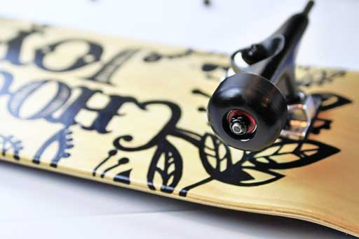 How to create and assemble your own skateboard via lilblueboo.com #skateboard #diy #gift #handmade