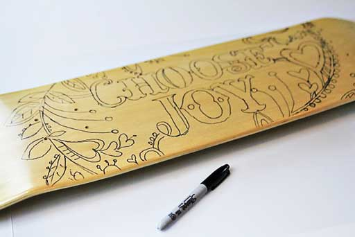 Make your own skateboard deck graphic via lilblueboo.com #skateboard #diy #gift #handmade
