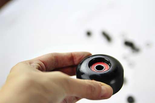 How to install bearings in skateboard wheels via lilblueboo.com #skateboard #diy #gift #handmade