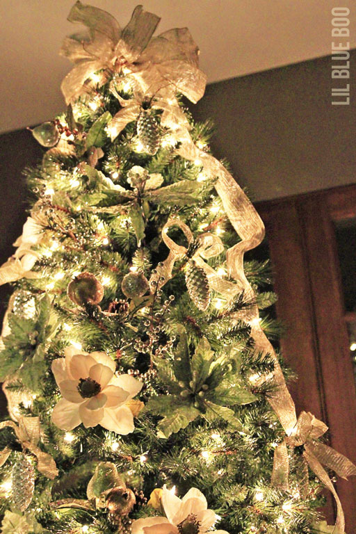 Christmas Tree Decor: Michaels Dream Tree Challenge Reveal #christmas #JustAddMichaels via lilblueboo.com