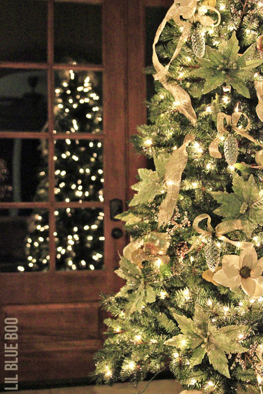 Gold, Greens and Cream Michaels Dream Tree Challenge Reveal #christmas #JustAddMichaels via lilblueboo.com