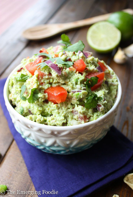 Football Food: Super[Bowl] Food Guacamole via The Emerging Foodie  | Ashley Hackshaw / lilblueboo.com