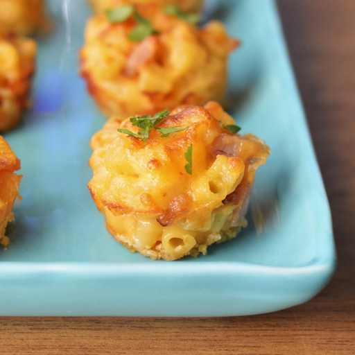 Football Food: Ham and Cheese - Mac and Cheese Bites via Virtually Homemade | Ashley Hackshaw / lilblueboo.com
