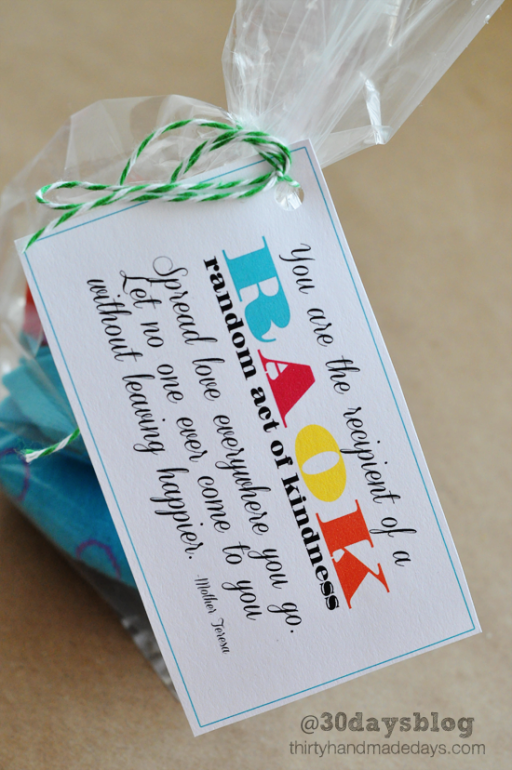 Random Acts of Kindness Week: kindness gifts via Ashley Hackshaw / lilblueboo.com