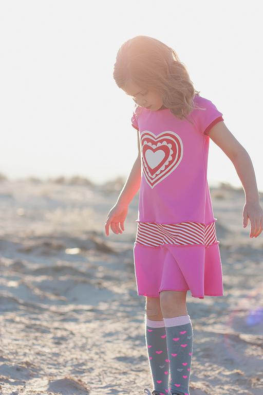 Applique Heart Knit Dress for Valentine's Day via Ashley Hackshaw / lilblueboo.com #valentinesday #valentine