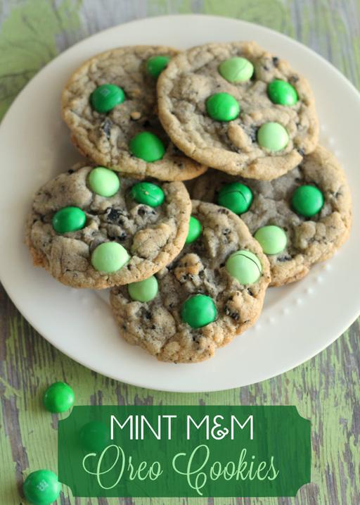 St. Patrick's Day Food Ideas: Mint M&M and Oreo Cookies by Lil' Luna via Ashley Hackshaw / lilblueboo.com