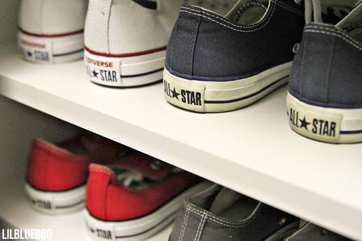 My shoe rack for Converse - Master Closet via Ashley Hackshaw / Lil Blue Boo