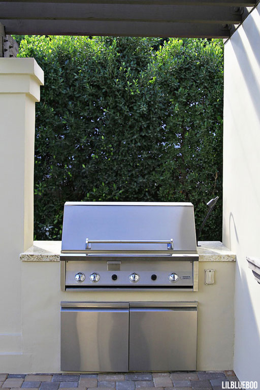 Pergola / Trellis and outdoor grilling area
