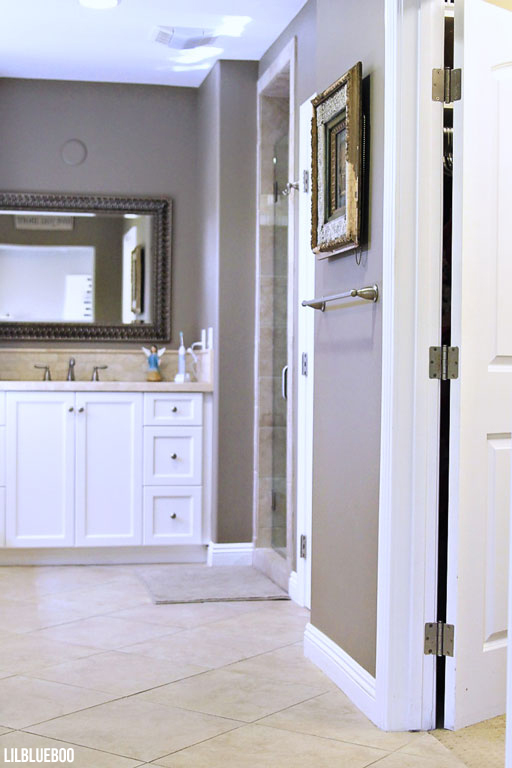 The Master Bathroom - Walk in Shower - Master Bath decor idea via lilbliueboo.com #masterbath #bathdecor