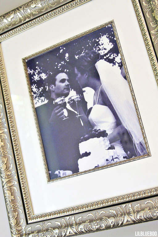 Framed Wedding Photos via lilblueboo.com #weddingphoto #weddding