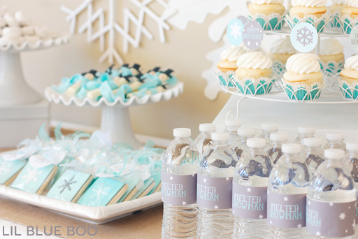 Desert Table: A Frozen Winter Birthday Party with Snowflakes and Snowmen in Turquoise, Light Blue, Grey and White via Ashley Hackshaw / lilblueboo.com #frozen