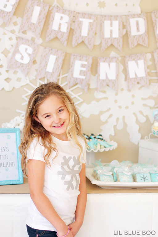 The Birthday Girl: A Frozen Winter Birthday Party with Snowflakes and Snowmen in Turquoise, Light Blue, Grey and White via Ashley Hackshaw / lilblueboo.com #frozen