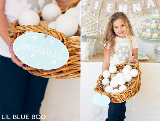 Free Snowball Printable Sign for a Frozen Winter Birthday Party via Ashley Hackshaw / lilblueboo.com #frozen