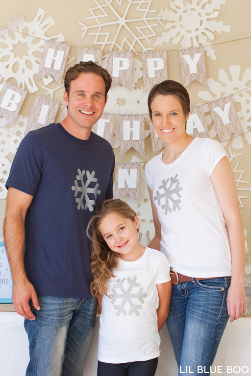 Matching Snowflake Tees for a Frozen Winter Birthday Party with Snowflakes and Snowmen in Turquoise, Light Blue, Grey and White via Ashley Hackshaw / lilblueboo.com #frozen