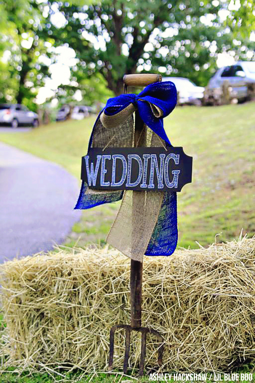 DIY Rustic Wedding Ideas and Smoky Mountains Venue - Hemlock Inn - Bryson City, NC #wedding #rusticwedding #ncwedding #brysoncity
