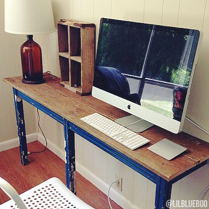 DIY rustic home decor ideas - reclaimed old table to computer desk