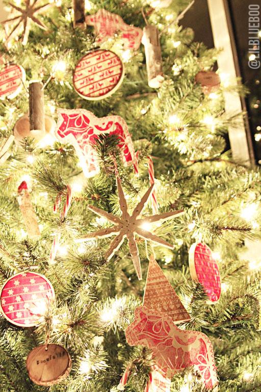 scandinaviantree2 - How To Make Scandinavian Christmas Tree Decorations