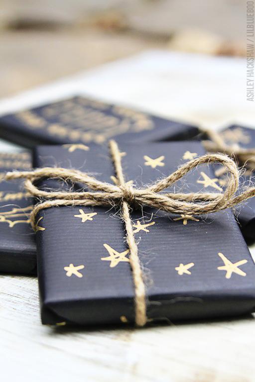 Simple Custom Gift Wrap
