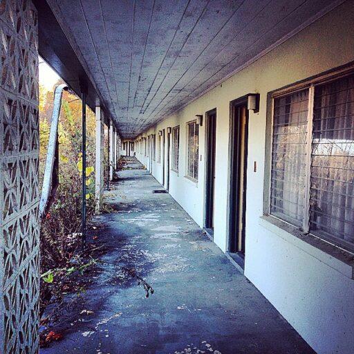 The Warrior Motel near Cherokee and Bryson City - 1950 1960 era motel