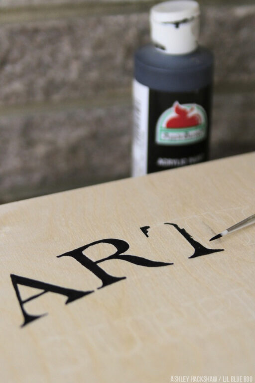 How to paint letters - the art of lettering