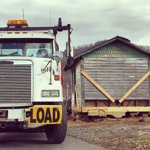 how to move a house or building - house mover
