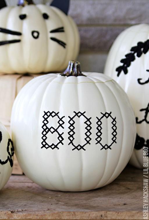 halloween cross stitch pumpkin