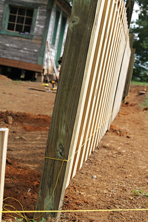 Building a perfect wood picket fence