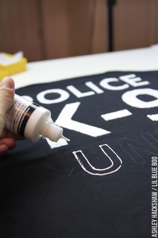 Filling in letters on Fabric with Puffy Paint