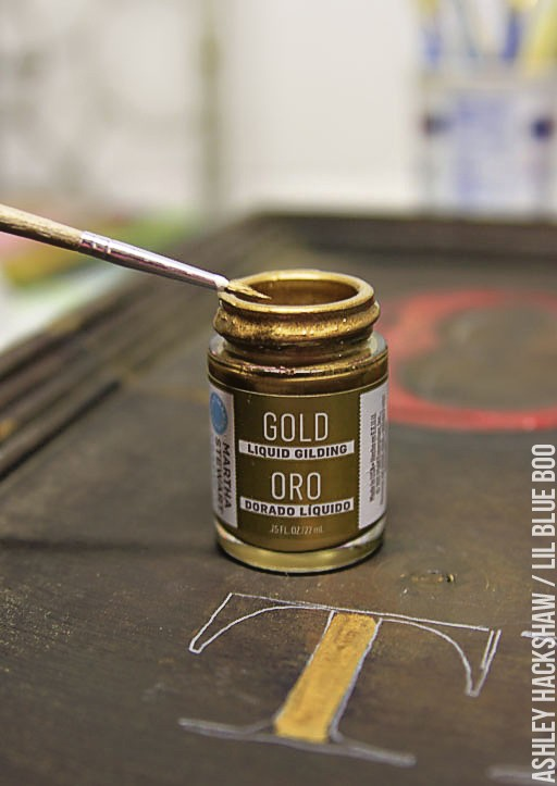 Sign Painting - liquid gilding in gold