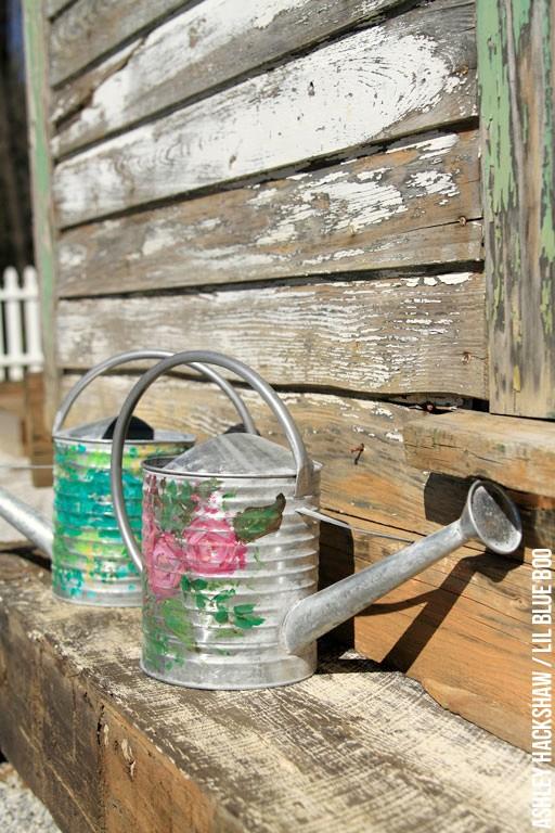 DIY vintage garden accessories