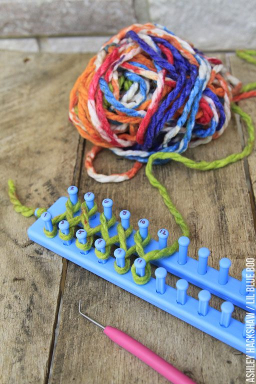 Easy DIY Scarf with a Knitting Loom