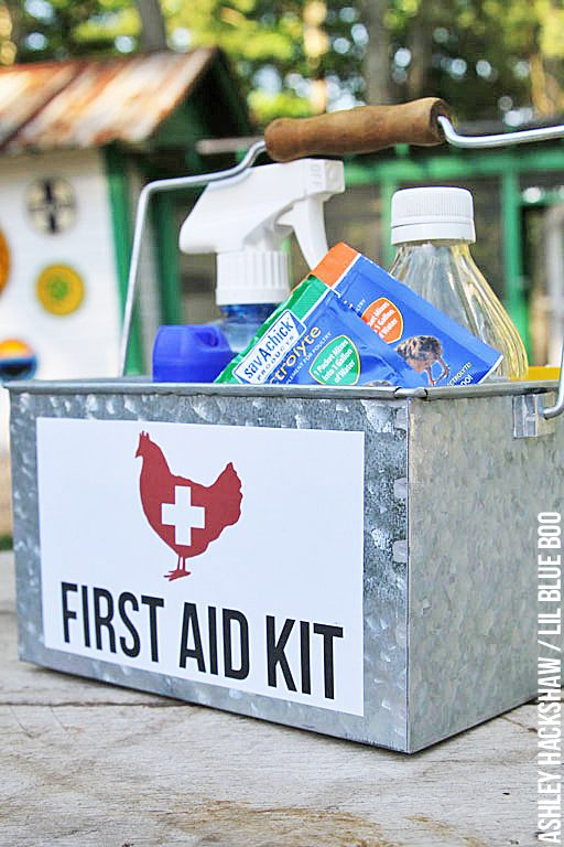 How to create a basic chicken first aid kit - free download for the caddy label so it's readily found when needed.