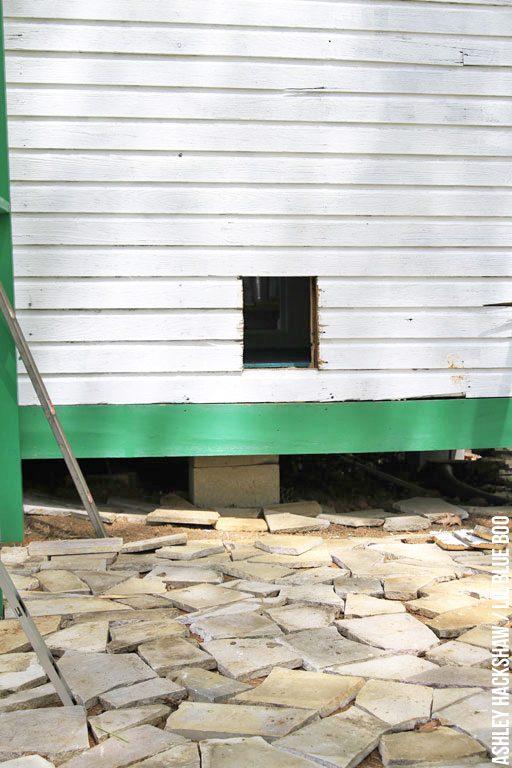 how big to make chicken coop door