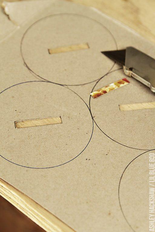 DIy coin slot lids - mason jar lids for banks