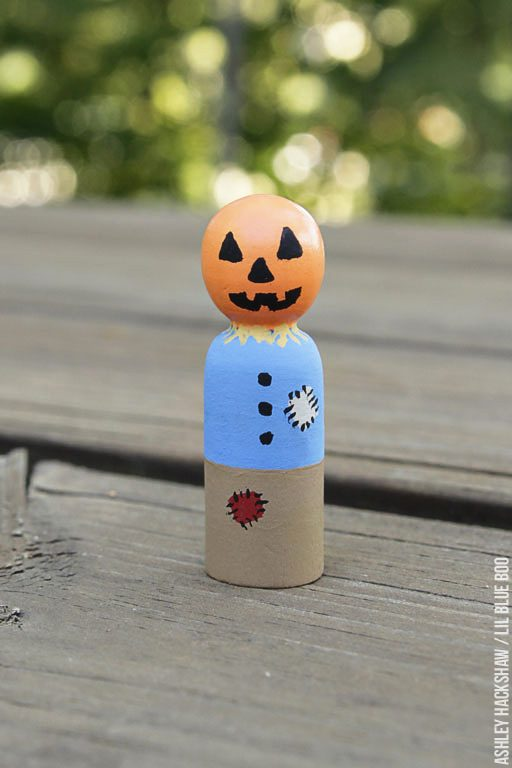 How to paint a scarecrow pumpkin peg doll - peg doll tutorial