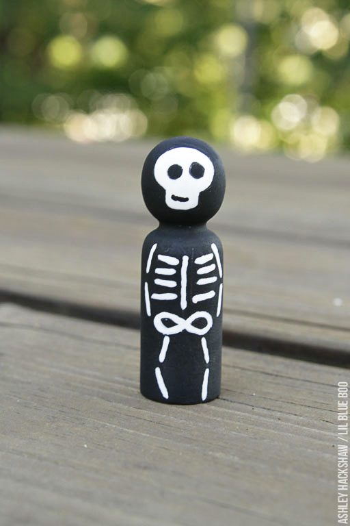 How to paint a skeleton peg doll - peg doll tutorial