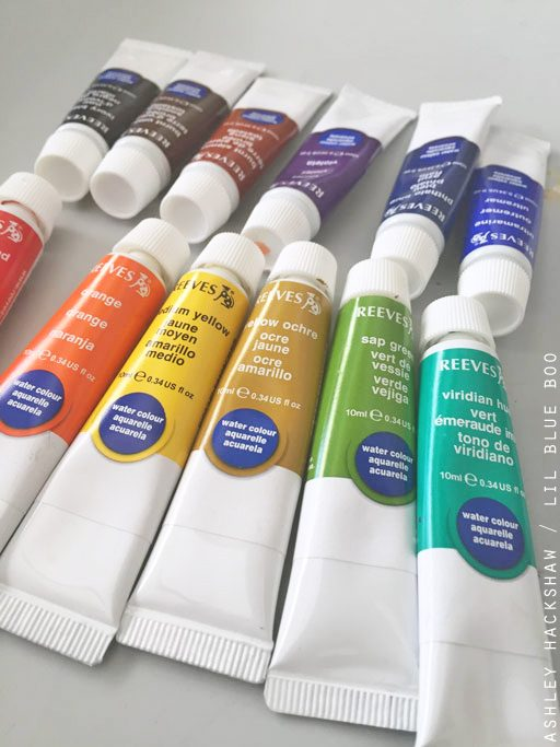 Liquid watercolor paints for dry paint palette